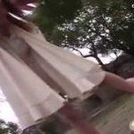【M男をハメ撮り】SM女王様が野外で踏みつけいじめる動画
