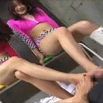 水着がエロイお姉さんの足コキテクニックで射精するM男動画