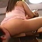 豊満なピンクの下着が可愛い痴女王様に桃尻圧迫されるM男動画
