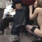 露出狂な痴女が電車の中で男性を逆レイプしまくるwww