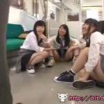 制服JKだらけな電車で強制逆レイプにあうM男動画ww