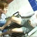 韓国人美女の強烈な足コキ責めにまいってしまうM男動画www
